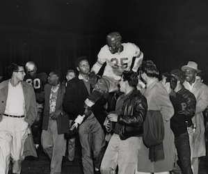 John Henry Johnson carried by fans after 1950 Georgia game.
