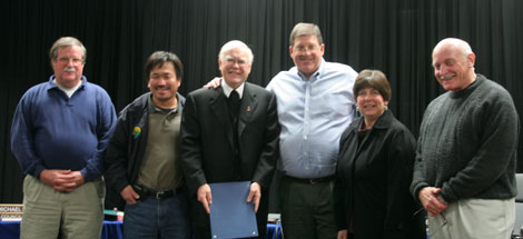 From left to right: Councilmember Mike Metcalf, Vice Mayor Ken Chew, Brother Ronald Gallagher, Mayor Dave Trotter, Councilmember Karen Mendonca, and Councilmember Howard Harpham.
