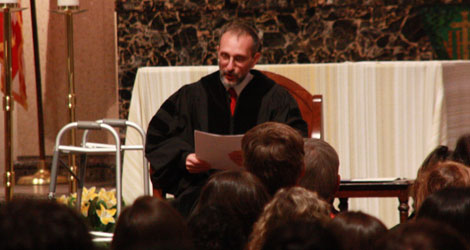 Brother Carlos Gabriel Gómez-Restrepo speaks during the 2010 Convocation.