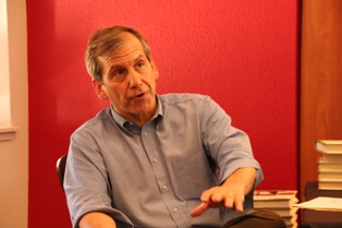 Marc Sandalow talked about his book <i>Madam Speaker</i> at an April 17 book signing at the Saint Mary's book store.