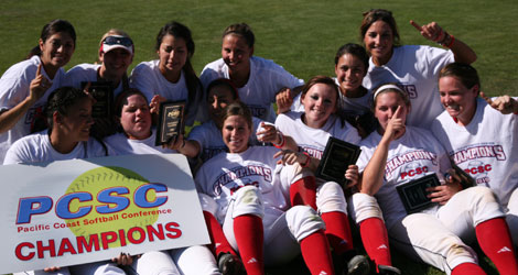The 2010 Pacific Coast Softball Conference Champion Gaels.